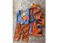 Disney pyjamas & dressing gown