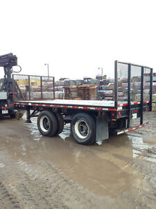 Flat Bed Pup Trailer