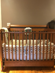 All the essentials for first baby! (furniture and accessories)
