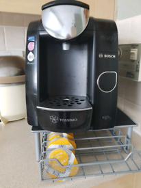 Tassimo with pod tray