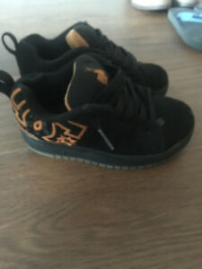Boys DC Sneakers size 11