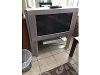 "Sony 32"" widescreen tv"