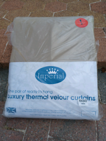 Luxury Velour Neutral-Coloured Thermal Curtains ** BRAND NEW**