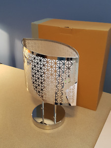 PartyLite, tea light candle lamp modern style.