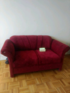 Red Couches + table