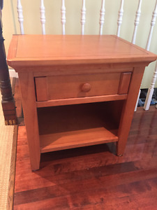 SOLID WOOD NIGHT TABLE - CARAMEL - GREAT CONDITION
