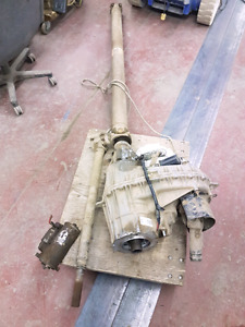 2004 Ford F150 transfer case with drive shafts