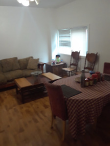 6 bedroom house for rent in Niagara Falls
