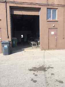 Small office and warehouse sublease West Island Greater Montréal image 4