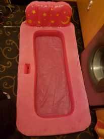 Kids air bed