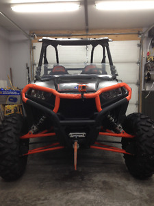 2014 Polaris RZR XP1000, mint condition!