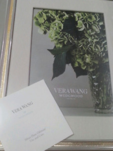 Vera  Wang picture frame