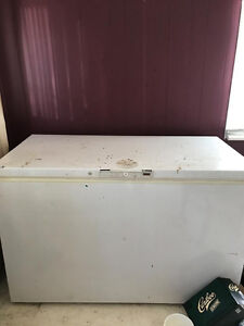 All 3 working items: freezer, stove, fridge are for $200