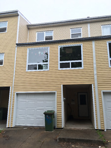 Available now! Large Townhouse unit close to Quinpool