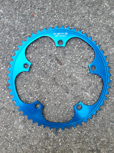 Sugino track ring 52 tooth blue