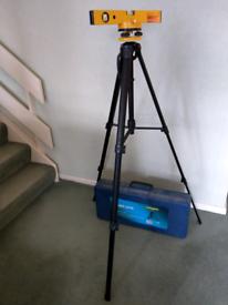 Laser level in tripod