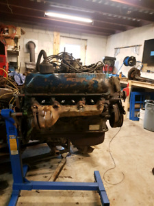 1968 Ford 360 FE big block truck motor and 2wd C6 transmission