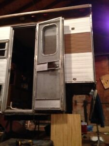 Wanted old slide in pull or fifth wheel camper in any condition