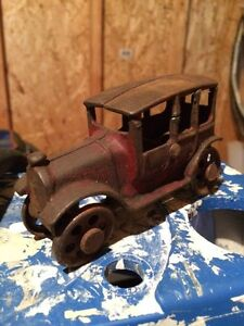 1920's or 1930's cast iron car toy