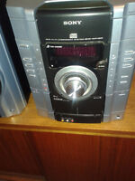 Sony Mini MHC-GX450 3-Disc CD Changer with MP3 Playback System