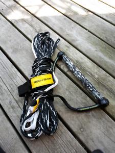 Body glove ski or wakeboard rope