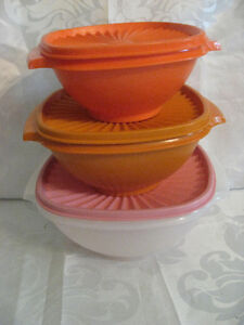 3 Vintage Tupperware Tupper Ware Covered Storage Containers