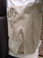 Mens suit size 38