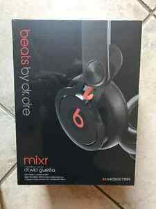 New Sealed in Box Beats by Dr. Dre Mixr On-Ear Headphones Kitchener / Waterloo Kitchener Area image 4