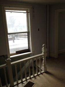 NO LEASE NO CREDIT CHECK SHARED ACCOMODATIONS ALL INCL. ASAP !!! London Ontario image 6