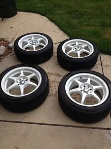 4 bolt tires and rims were on CIVIC