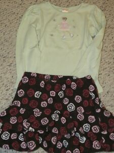 Gymboree - `Skater` shirt and skirt - Size 5