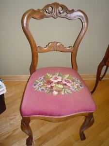 Chaise style provincial français