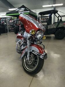 1999 Harley Davison ultra Classic, loaded with options.