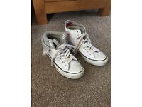 Ladies White Leather Converse Size 6.5
