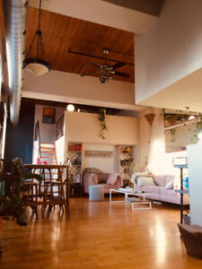 Awesome Sunny Loft Available for sublet in Corktown