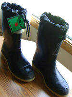 Men's Size 10 Insulated Waterproof Vulcan  Winter Work Boots