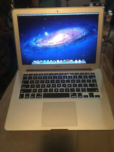 "Mid-2011 MacBook Air 13"" 1.7GHz i5 4GB RAM 128gb SSD"