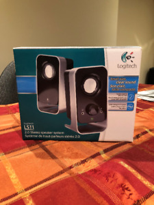 Logitech 2.0 speakers - small size, clear sound!