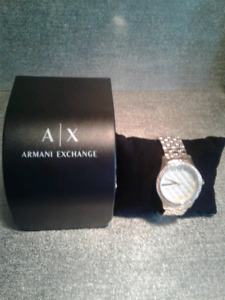 Armani Exchange Women's Rose coloured watch style 5216