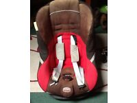Britax child seat fully adjustable to suit weight's from 9 to 36 Kg.
