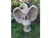 Large stone garden eagle statue, fantastic detail. New