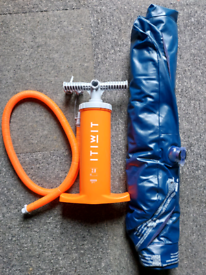 DOUBLE ACTION KAYAK HAND PUMP 2 X 2.8L ORANGE AND SINGLE AIR BED