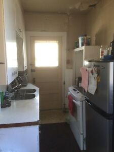 1 Bedroom Apt available at 1710 15th Ave Regina Regina Area image 3