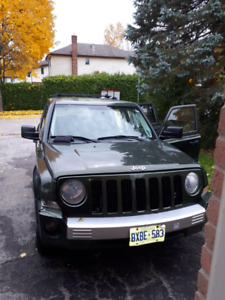 2007 Jeep Patriot Running w Minor Damage