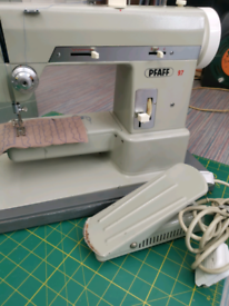 Vintage Pfaff 97 semi industrial electric sewing machine