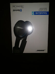 Bose Bluetooth SoundLink Over ear Headphones with Mic