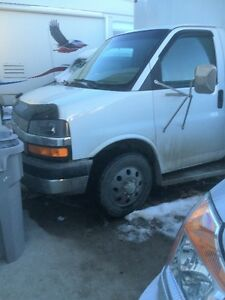 2004 Chevrolet Cutaway Van Other