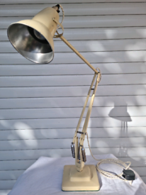 Vintage Herbert Terry Anglepoise 1227 Desk Lamp In Cream