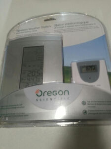 Oregon scientific wireless weather station