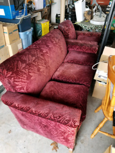 Free Antique Coach and Chair